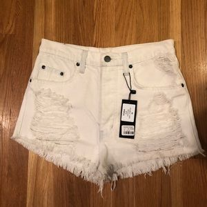 NWT LF carmar denim Titania high rise white shorts